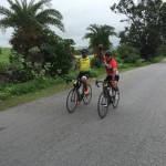 Jiggy en Manoj over de finish